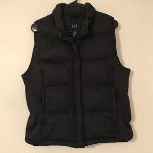 Gap Thick Puffer Vest Size M